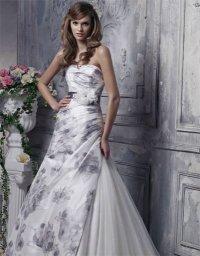 Свадебное платье с принтами - модный тренд 2012