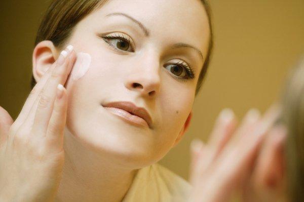 Как наносить макияж если жирная кожа лица