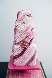 «Лохматый» свадебный торт