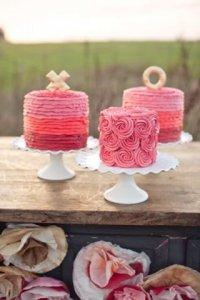 Розовые свадебные торты