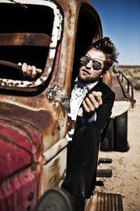 Роберт Паттинсон для журнала L`Uomo Vogue