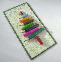 Открытка на Новый год: карандаши в виде елки
