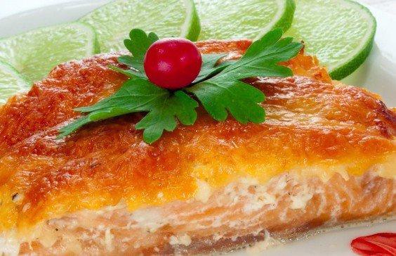 Блюда но Новый год: горбуша, запеченная с сыром