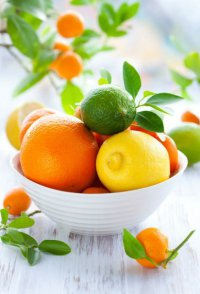 Домашний шампунь из лимонов для жирных волос