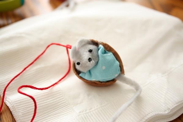 Как сделать игрушку мышонка своими руками из 41