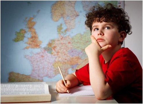 Чем порадовать школьника: меняем интерьер комнаты