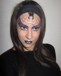 Макияж на Хэллоуин «Черная вдова»
