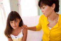 Первая менструация: как поговорить с девочкой