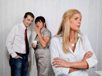 Психологическое давление на работе: моббинг и буллинг