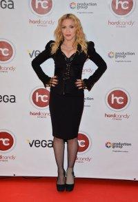 Мадонну тошнит от собственных песен