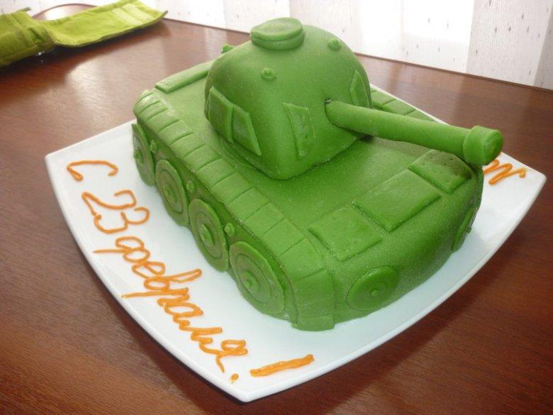 Торт в форме танка с фото