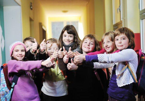 Конкурсы на 8 Марта в школе: «Праздничные цветы»