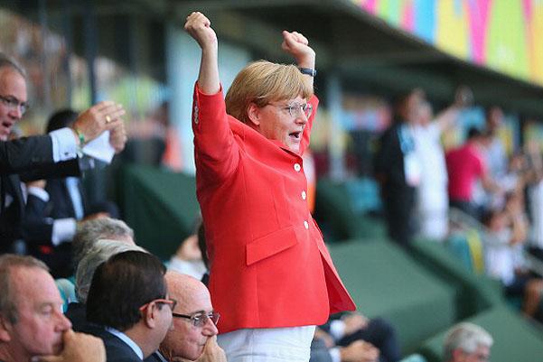 Ангела Меркель - самая активная болельщица сборной Германии