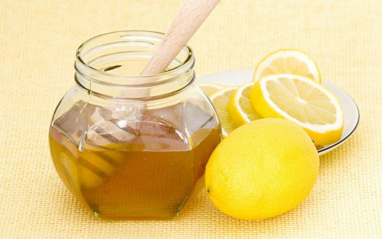 Медово-лимонная маска для подтяжки лица