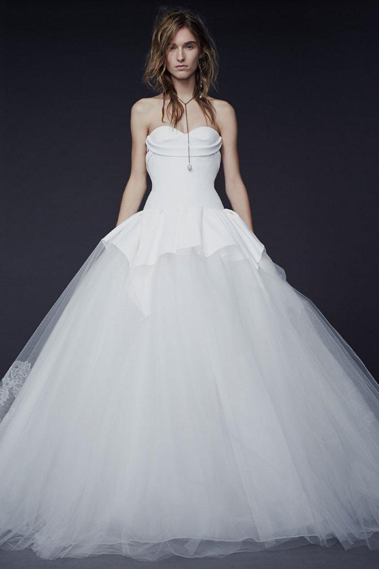 Новое свадебное платье от Vera Wang