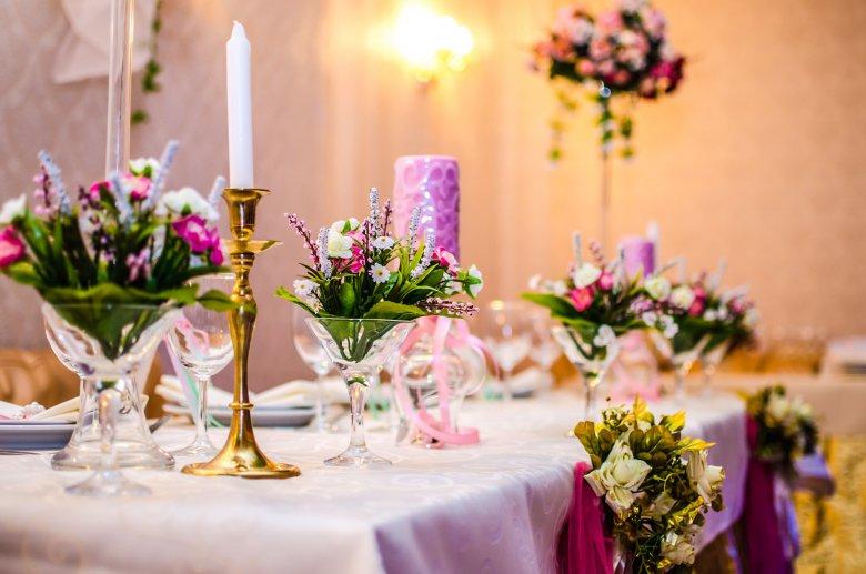 Что выбрать: свадебный банкет или фуршет?