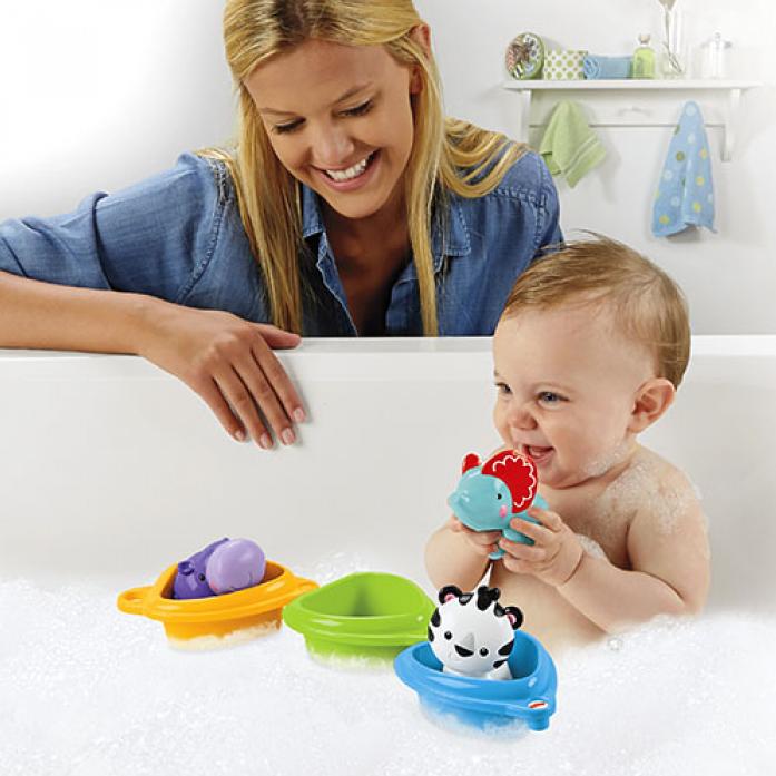 Набор Fisher-Price® «Друзья на лодочках» поможет искупать ребенка без слёз