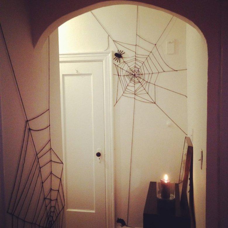 Паутина на Хэллоуин