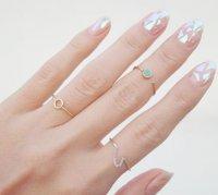 Горячий тренд маникюра: стеклянные ногти