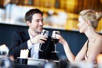 Как строить отношения с богатым мужчиной