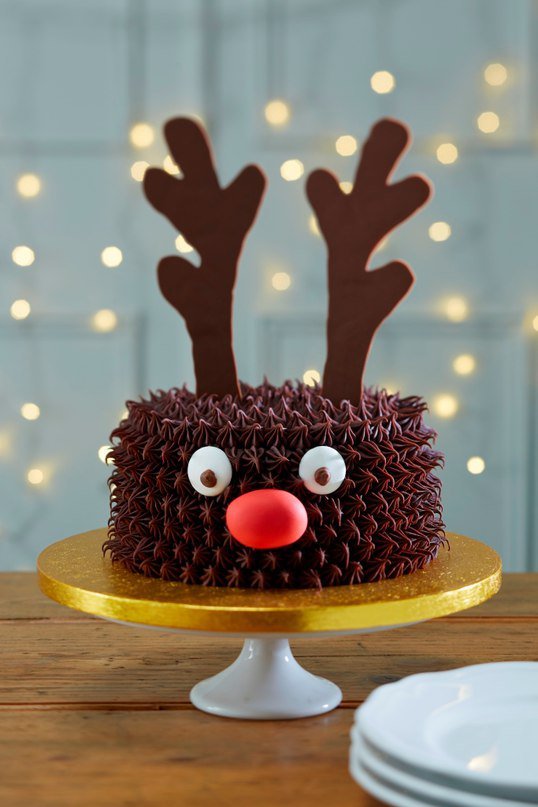 Идея для украшения новогоднего торта: торт-олень