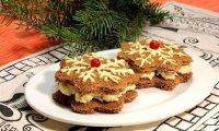 Закрытые канапе «Снежинки» к Новому году: ТОП-3 рецепта