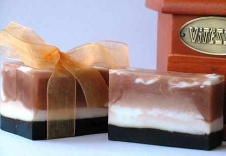 Идея подарка на 8 Марта: кофейное мыло-скраб