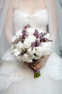 Весенний букет невесты из сирени