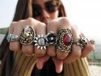 На какой палец надо надевать кольцо?