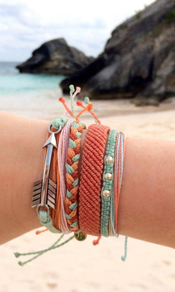 Как правильно носить браслеты