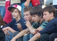 Курение среди подростков