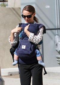 Натали Портман и ее сын Алеф