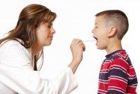 Что делать, если пропал голос у ребенка?
