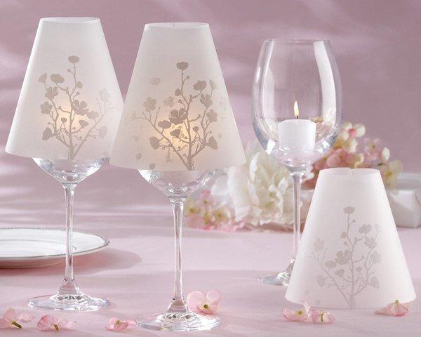 Оригинальные светильники из винных бокалов