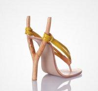 Дерзкая обувь Коби Леви