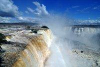 Водопады Игуасу , штат Парана, Бразилия