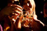 25 вещей, которые хоть раз должна сделать пьяная девушка