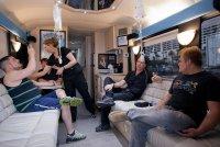 Лас - Вегас жжот. Автобус, в котором похмеляют - это не миф