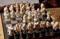 Шахматы из Зазеркалья