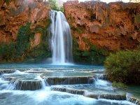 Водопад Хавасу в Гранд Каньоне, Аризона, США