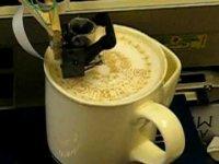 Машина, которая рисует на кофе
