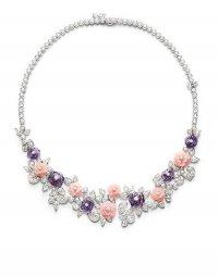 Ожерелье с розами