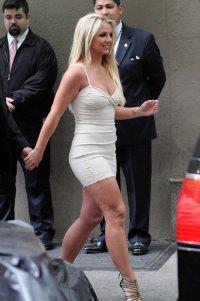 Целлюлит Бритни Спирс спасает женщин от низкой самооценки