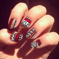 Этно-узоры на ногтях