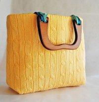 Стильная сумка из свитера