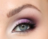 Красивый макияж в фиолетовых тонах
