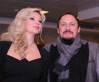 Стас Михайлов переживает за жену
