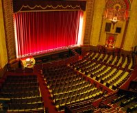 Как стать театральным критиком?