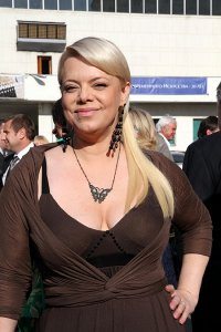 Яна Поплавская набрала 10 кг