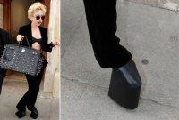 Леди Гага в оригинальныхх туфлях